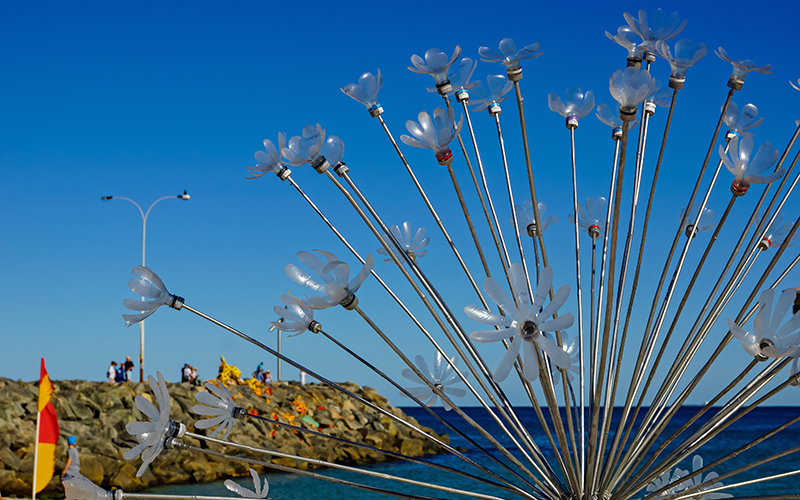 Pamela Lee Brenner & Johannes Muljana, Bubble, Sculpture by the Sea, Cottesloe 2016