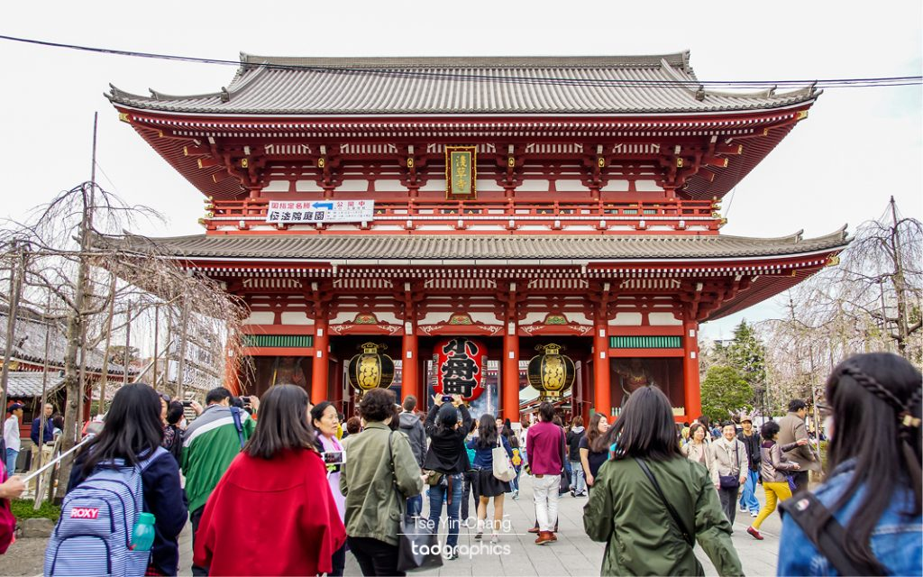The Sensoji temple is the largest Buddhist place of worship in Tokyo