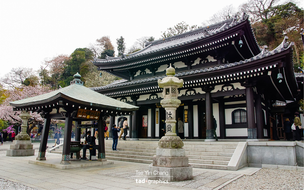 Hase Kannon where the biggest wooden statue in Japan can be found is also one of the city's biggest tourist attractions