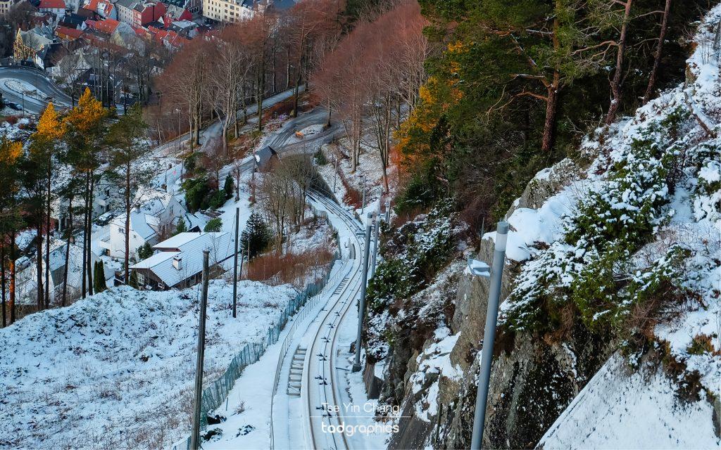 It is steep climbing up Mount Fløyen
